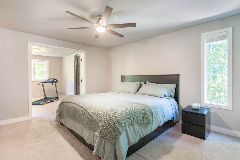 Chas Bowie 7723 SE 119th Ct bedroom